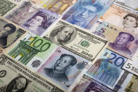 融商环球:欧元测试关键支撑,比特币阻力位空头发力